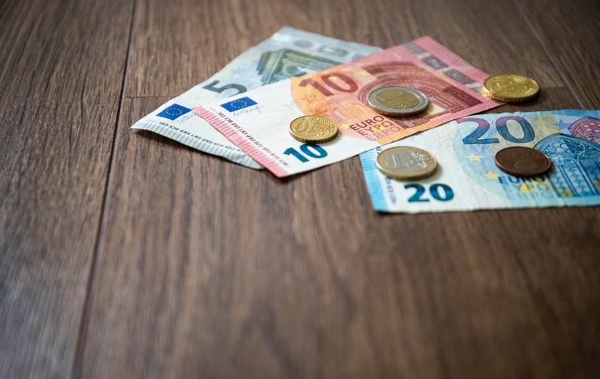 Krijg facturen sneller betaald en voorkom teveel openstaande debiteuren   SnelStart